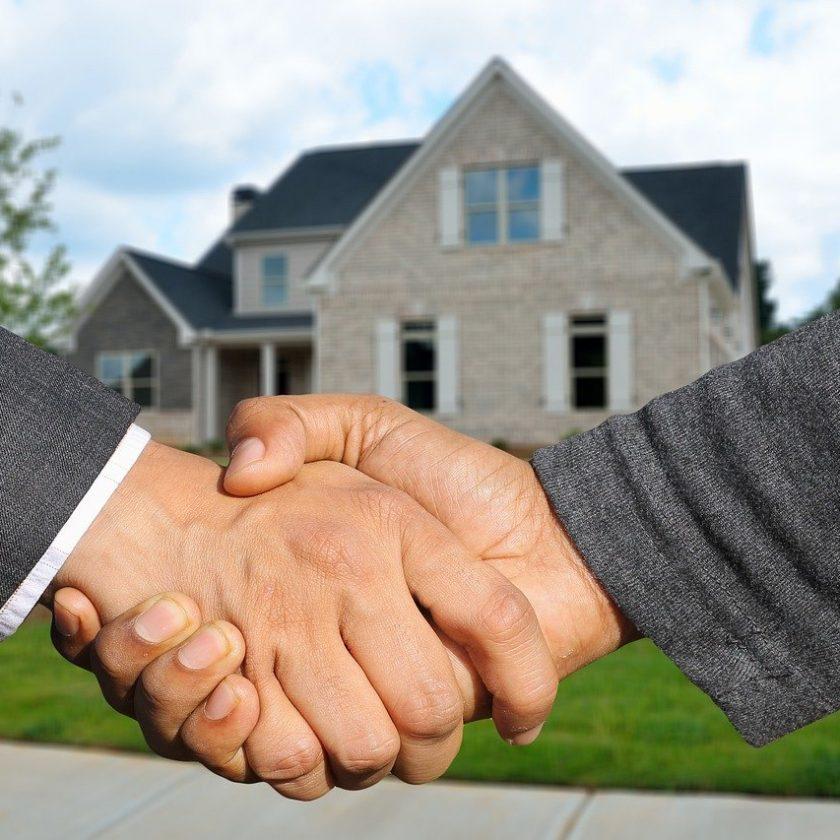 Un agent immobilier pour vous aider à trouver votre bonheur